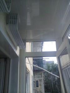 sushilka-na-balkone